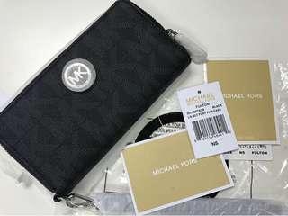 Authentic MK Fulton Wallet