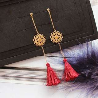 E24 Floral Hollow Tassel Earrings