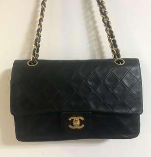 Chanel vintage 2.55 handbag