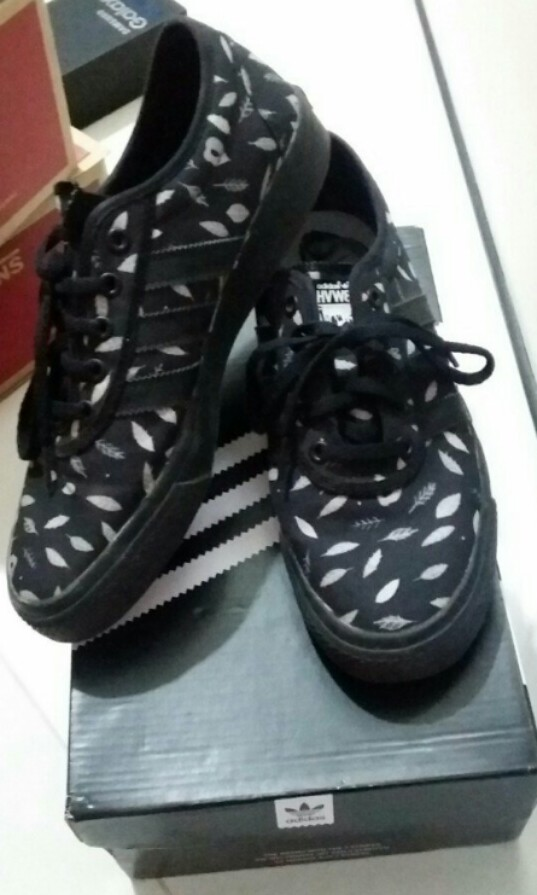 best service 909e6 979ec Adidas Sneakers Adi-Ease HVW8(Skateboarding)Limited Edition, Mens  Fashion, Footwear on Carousell