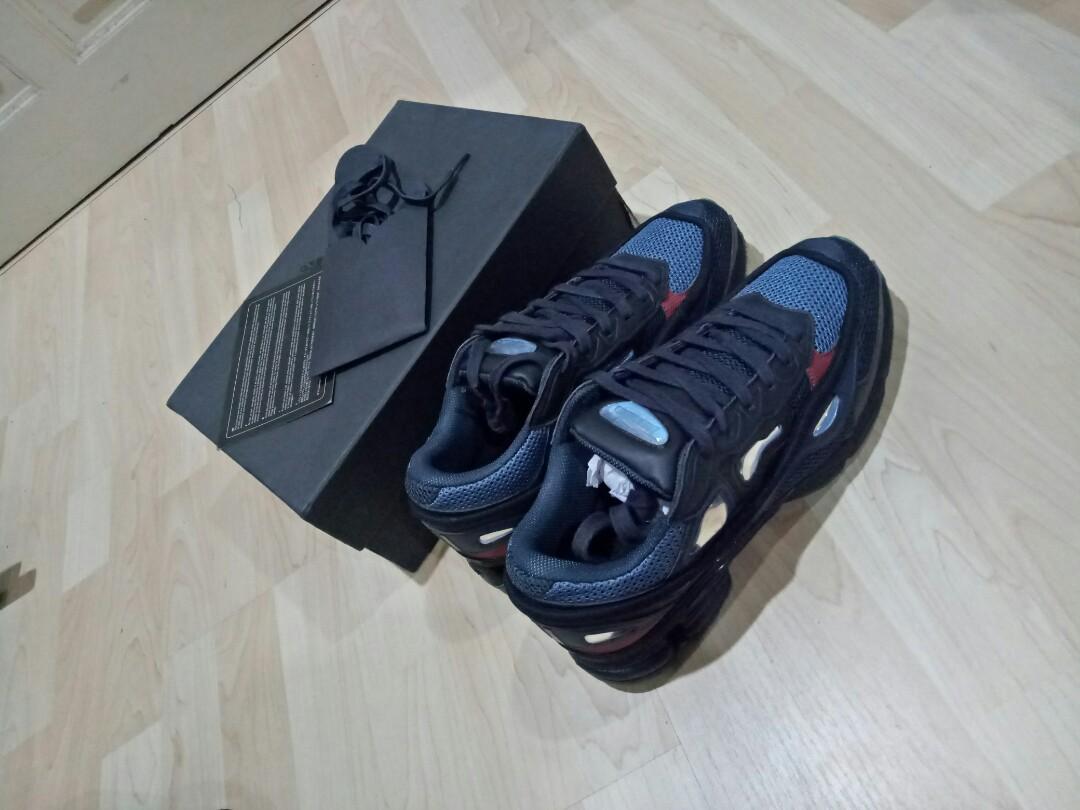 86179f155045 Adidas x Raf Simons Ozweego 2 night marine 43