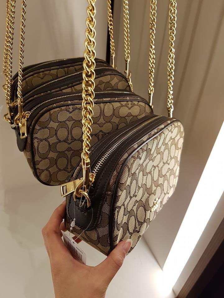Coach Isla chain sling bag e6ae308700e06