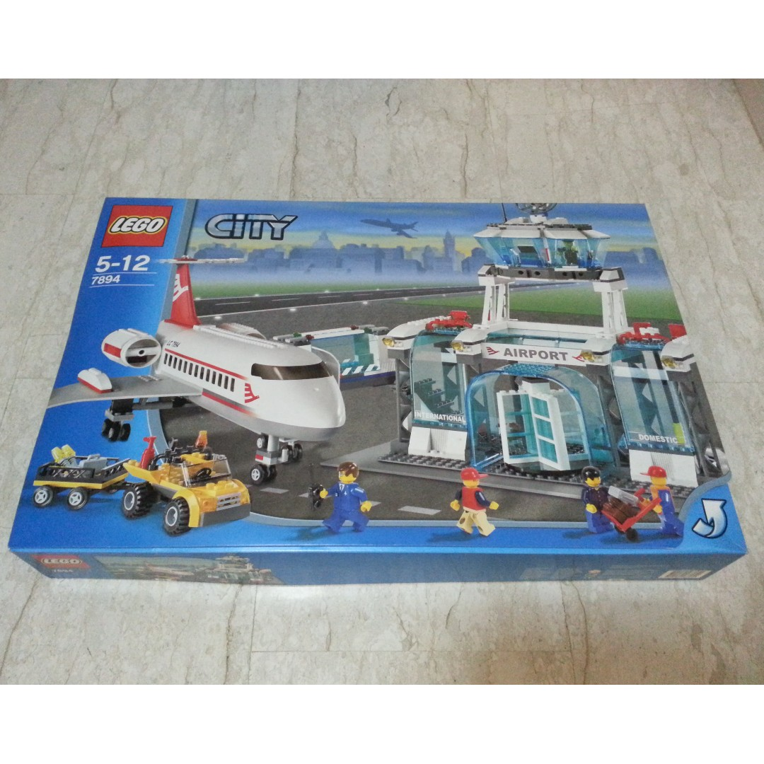 Lego Town City 7894 Airport New Sealed Toys Games Bricks