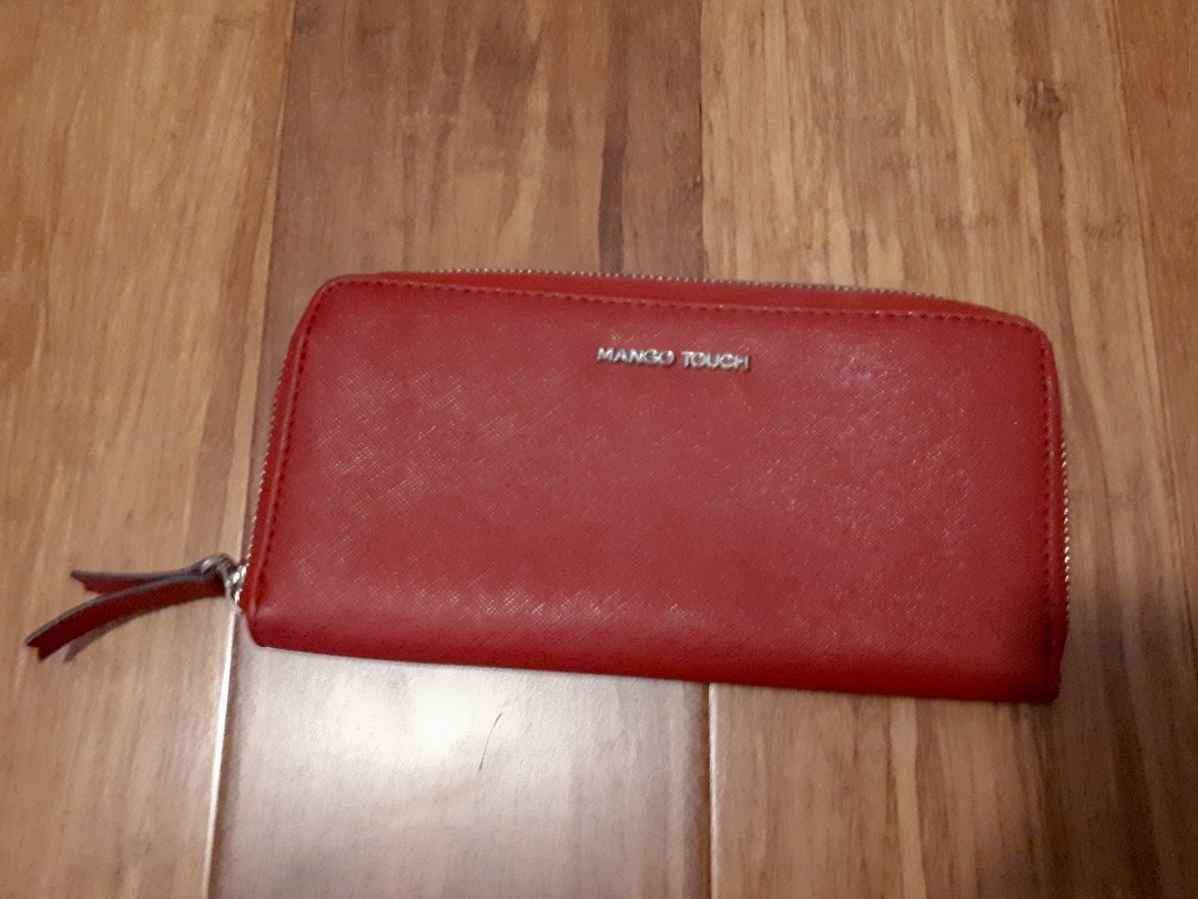 Mango Touch red wallet