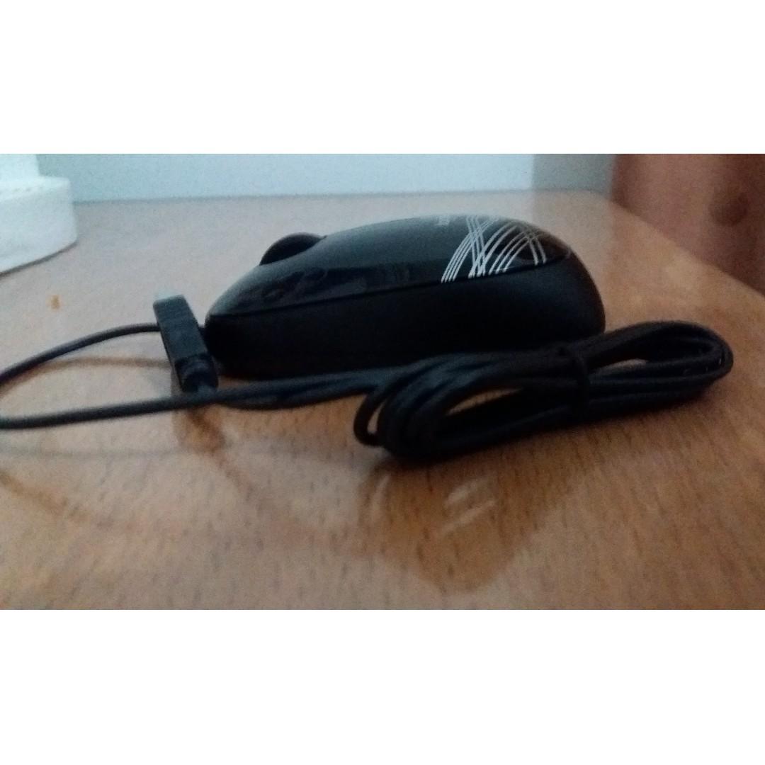 Mouse Kabel Logitech M105 Hitam