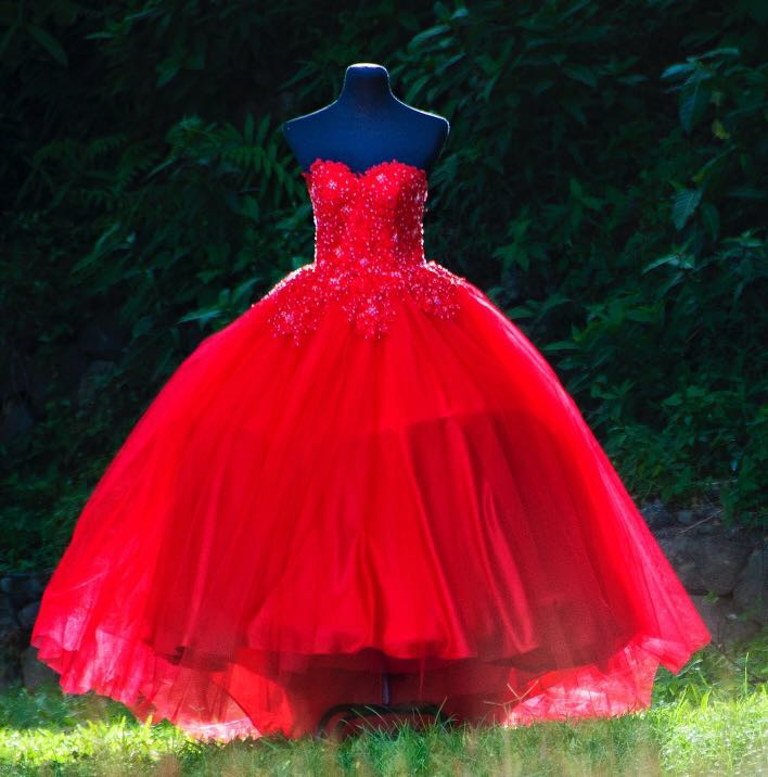 256f74f83 Red Balloon Gown on Carousell