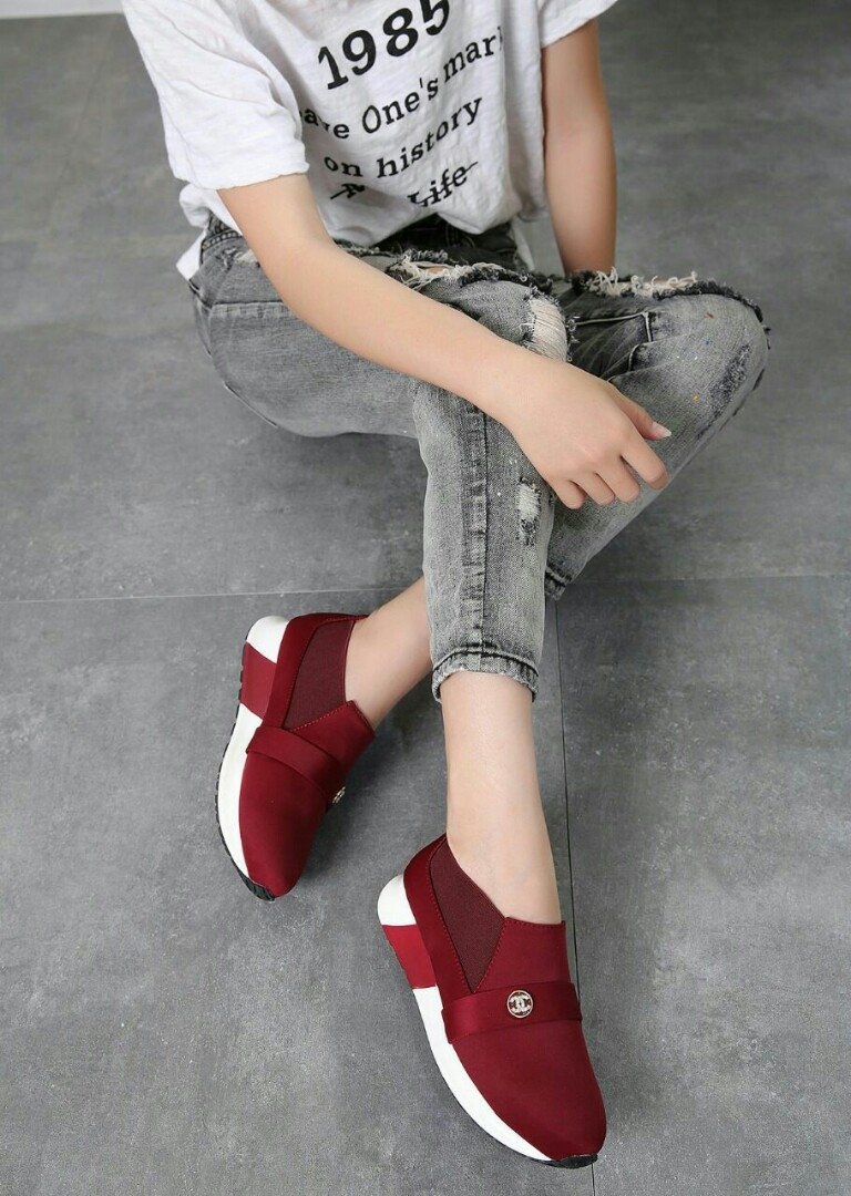 Sepatu Chanel 68cf515b64