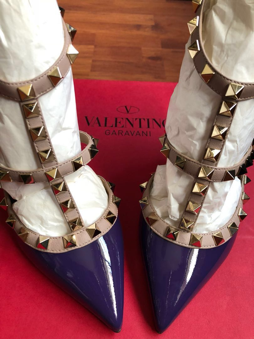 Move Over Rockstud: Meet the New Valentino Line Every Fashion Girl WillWant Move Over Rockstud: Meet the New Valentino Line Every Fashion Girl WillWant new pictures