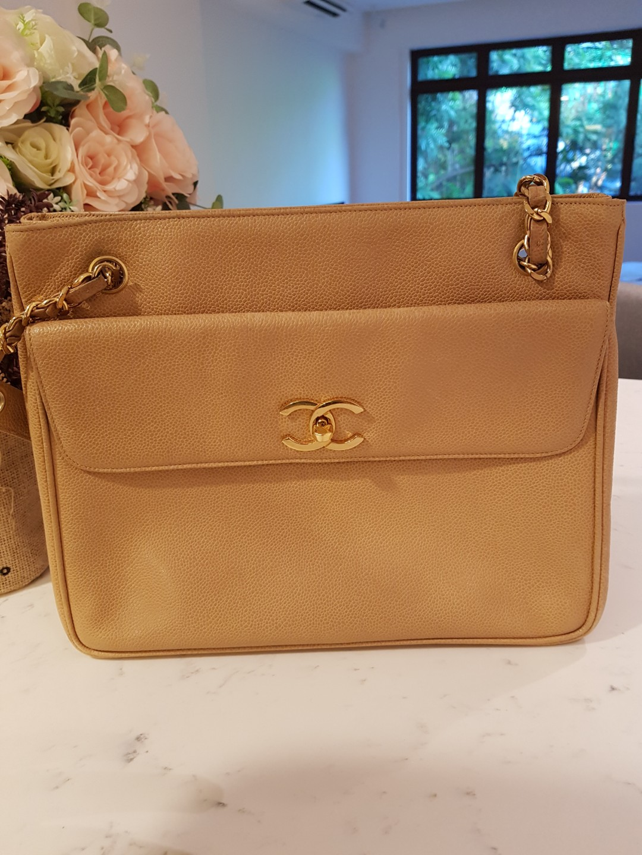 7e90cbea7047c5 Vintage Chanel 12