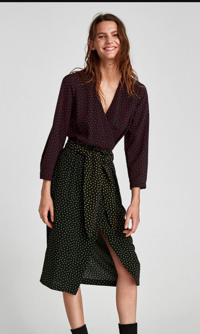 c7de40629a48d8 Zara colourful polka dot wrap dress, Women's Fashion, Clothes, Dresses &  Skirts on Carousell
