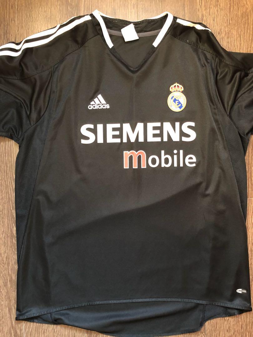 new style 4f667 0b801 Zidane Real Madrid away jersey, Sports, Sports Apparel on ...