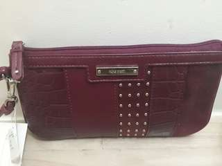 Nine West- Wristlet Wallet