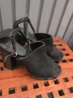 Mango touch black open toe heels