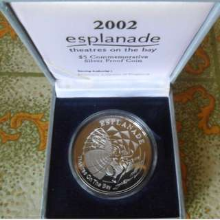 2002 Singapore Esplanade Theatres on the Bay $5 Silver Proof Coin.