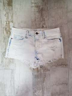 A&f faded high rise short