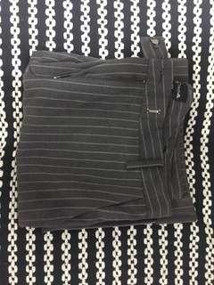 「女褲」灰白條紋喇叭褲