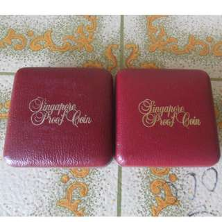 2x coin box for Singapore $10 & $50 coin (3)