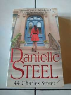 Buku/Novel 44 Charles Street by Danielle Steel