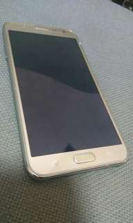 Samsung J7 2015.....1.5/16gb