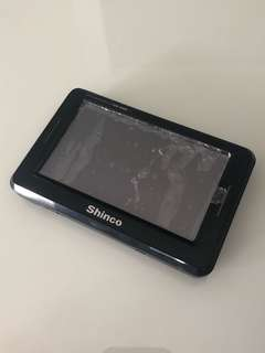 Spoiled Shinco GM-4368 GPS Navigation With Holder