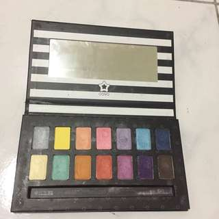 COVO Timeless Eyeshadow Palette