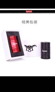 🚚 Supreme 煙灰缸 潮流時尚品牌