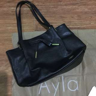 Ayla shoulder bag
