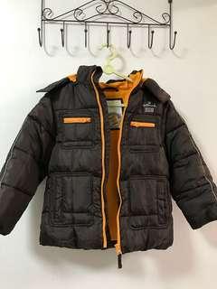 Hallmark外套