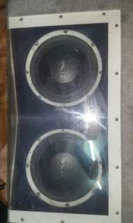 Box speaker with Double woofer wahrock usa