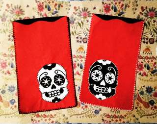 sugarskull phone pOuch
