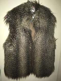 Micheal by Michael Korrs faux fur vest size