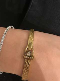 Gold Gucci Bangle