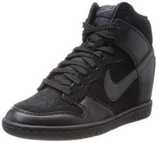 NIKE Dunk Sky High - 6 Women's / All Black