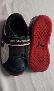 Puma shoes authentic 5 1/2 inch