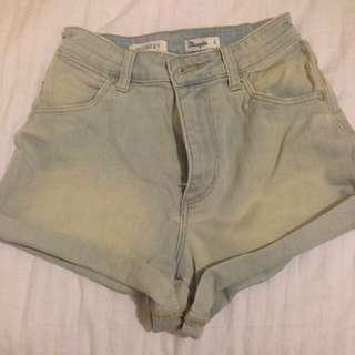 [REDUCED]Wrangler Denim Shorts
