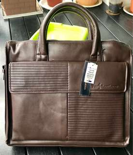 Polo Ralph Lauren BNWT - leather laptop bag (***Priced to clear***)