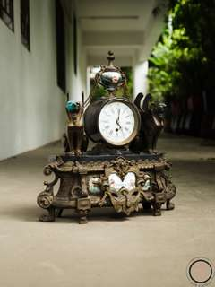EC005 Antique brass decorative clock