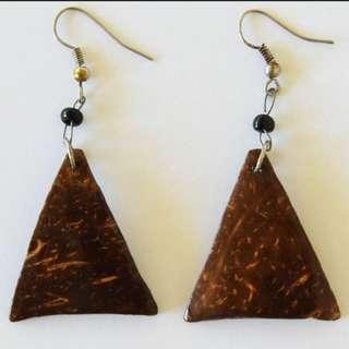 Afrix wooden triangle earrings