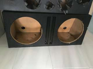 Subwoofer box and speaker box