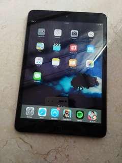 90% new Ipad mini one 1 wifi 連 cover 16gb wifi