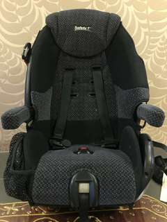 Safety 1st car seat for toddlers up to 45kg. Good condition.