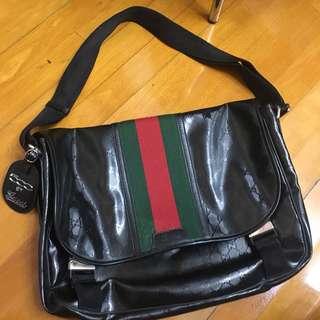 全新Gucci massager bag 500 by gucci