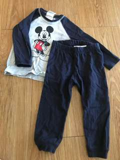H & m set mickey mouse