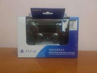 DUALSHOCK.4 Steel Black PS4 Controller v2