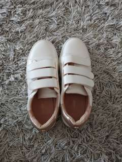 Velcro sneakers -rose gold trimming