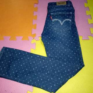Authentic Levis Skinny Jeans(Size 6-7y/o)