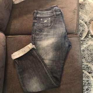 Miss Sixty boyfriend jeans. Size - 27