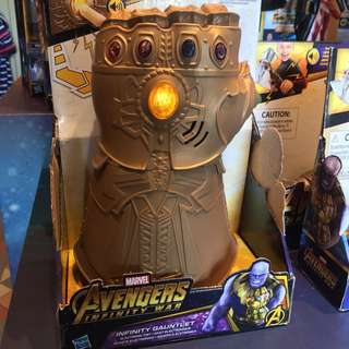 [HKDL] Avengers Marvel Infinity War Gauntlet Electronic Fist Figure 復仇者聯盟 無限手套