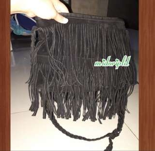 Fringe Sling bag - Black