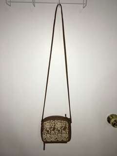Laced crossbody bag w/ phone holder